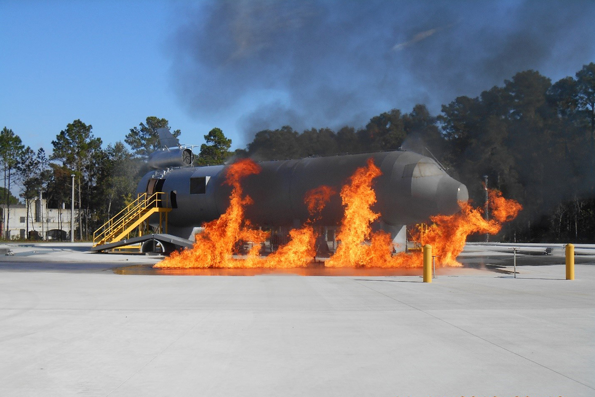 Aircraft Rescue and Fire Fighting Simulator